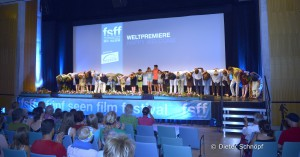 Happy Welcome - Weltpremiere